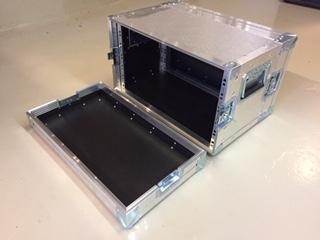Alukasse 8 unit rack